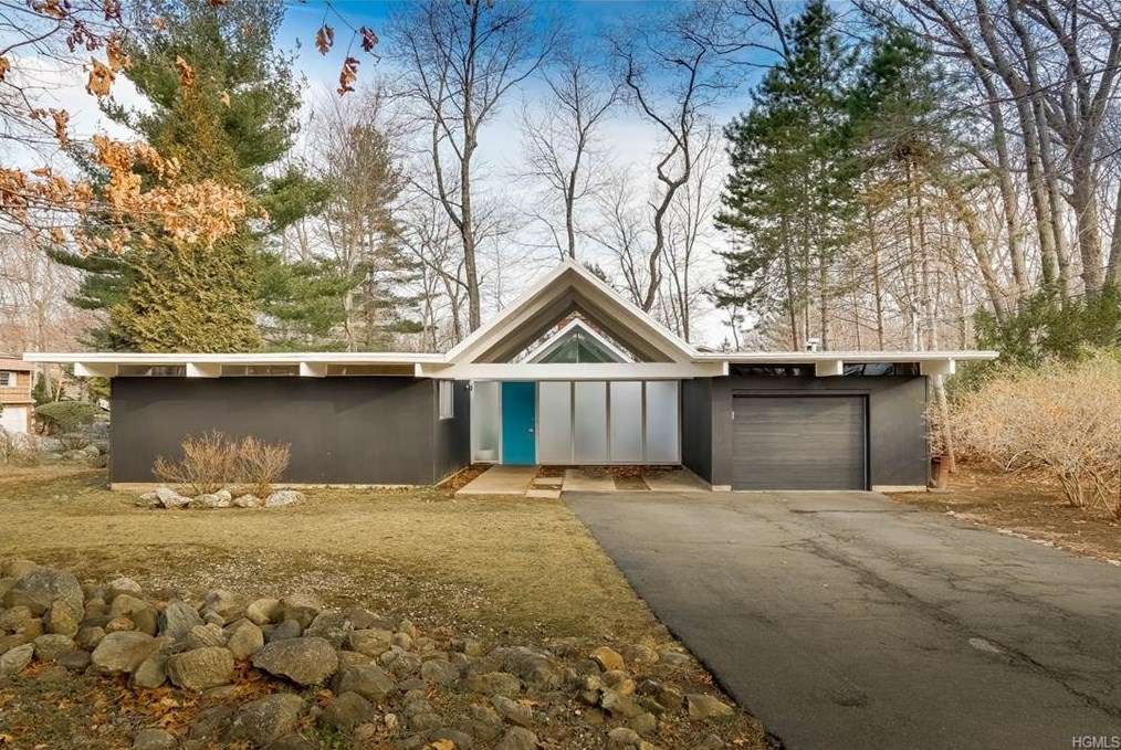 Joseph eichler curbed for House in new york for sale