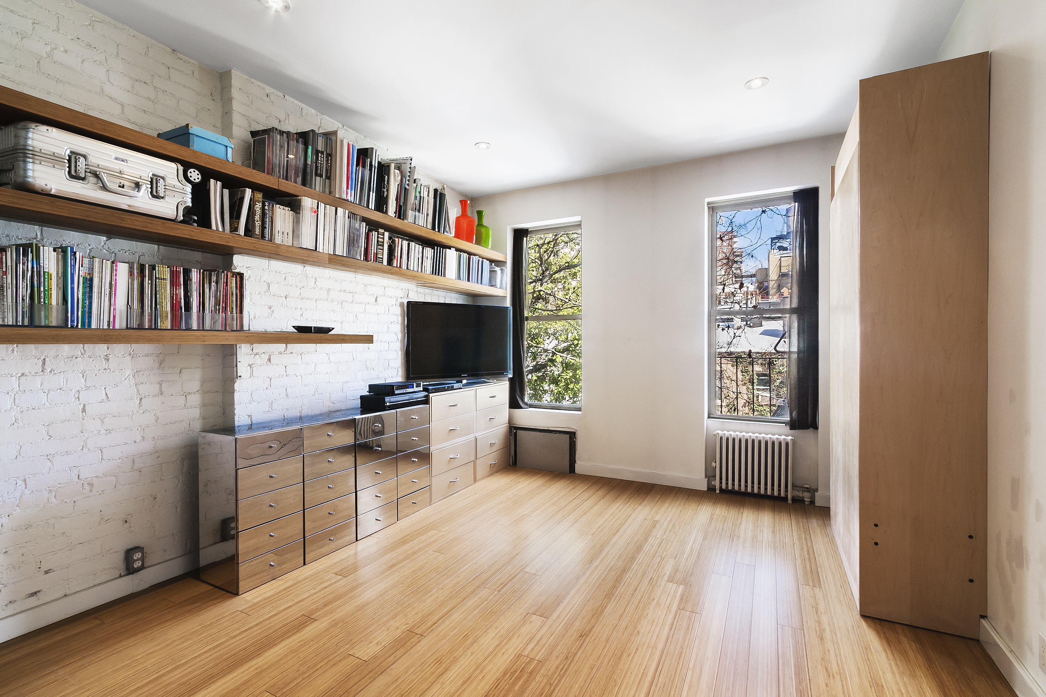 Small Apartment Outside Fabulous 1000 Ideas About Apartment Patios 2