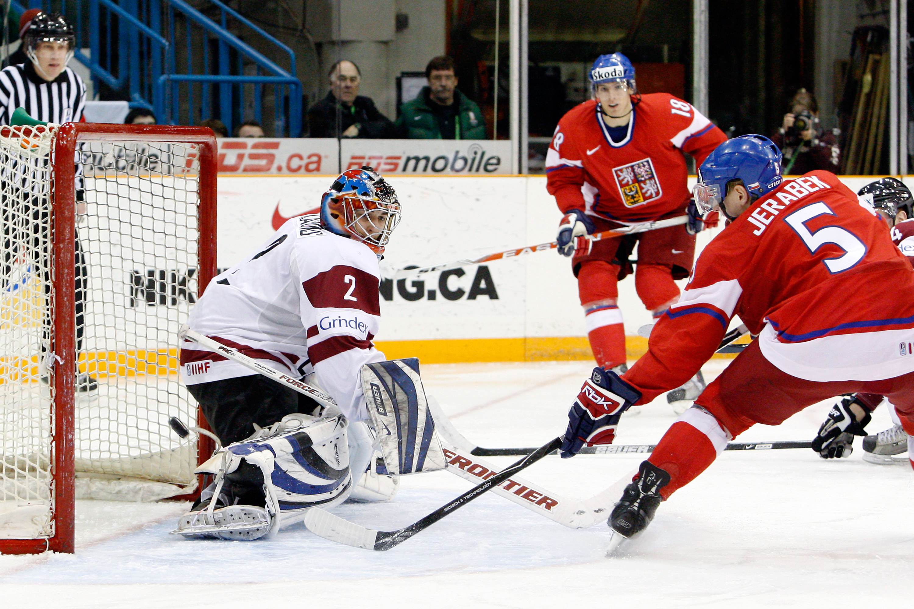 KHL: Report - Canadiens Land Russian League Defenseman Jakub Jerabek